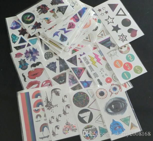 Vendita al dettaglio 7.3cm * 13.2cm Mix Tipi diversi Design Adesivi tatuaggio impermeabile Tatuaggi temporanei Moda mano del corpo