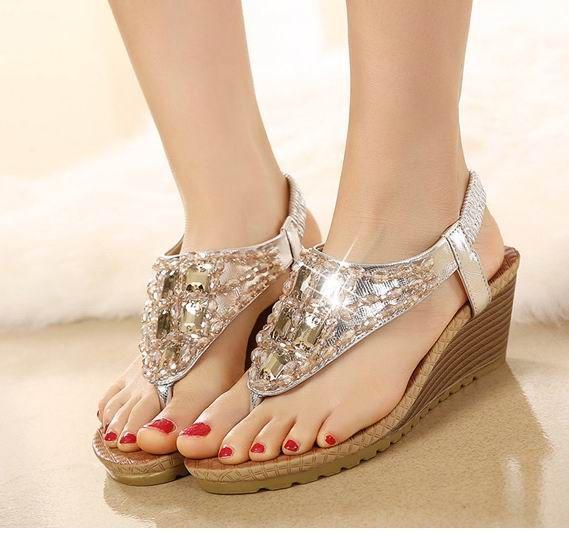 8d8b0b5e1461 Lidies Women S Flats Sandals Bohemia Gemstone Beaded Female Flip Flops  Slippers Sandals Flats Plus Big Size 35 40 Red Wedges Summer Shoes From  Goodgod