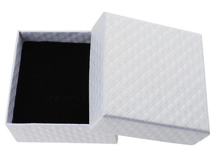 Größe 7,3 * 7,3 * 3,5 cm Schmuck / Schmuck Halskette Ohrringe Ringe Sets Geschenke Verpackung Verpackung Display Display Box mit Bowknot anzeigen