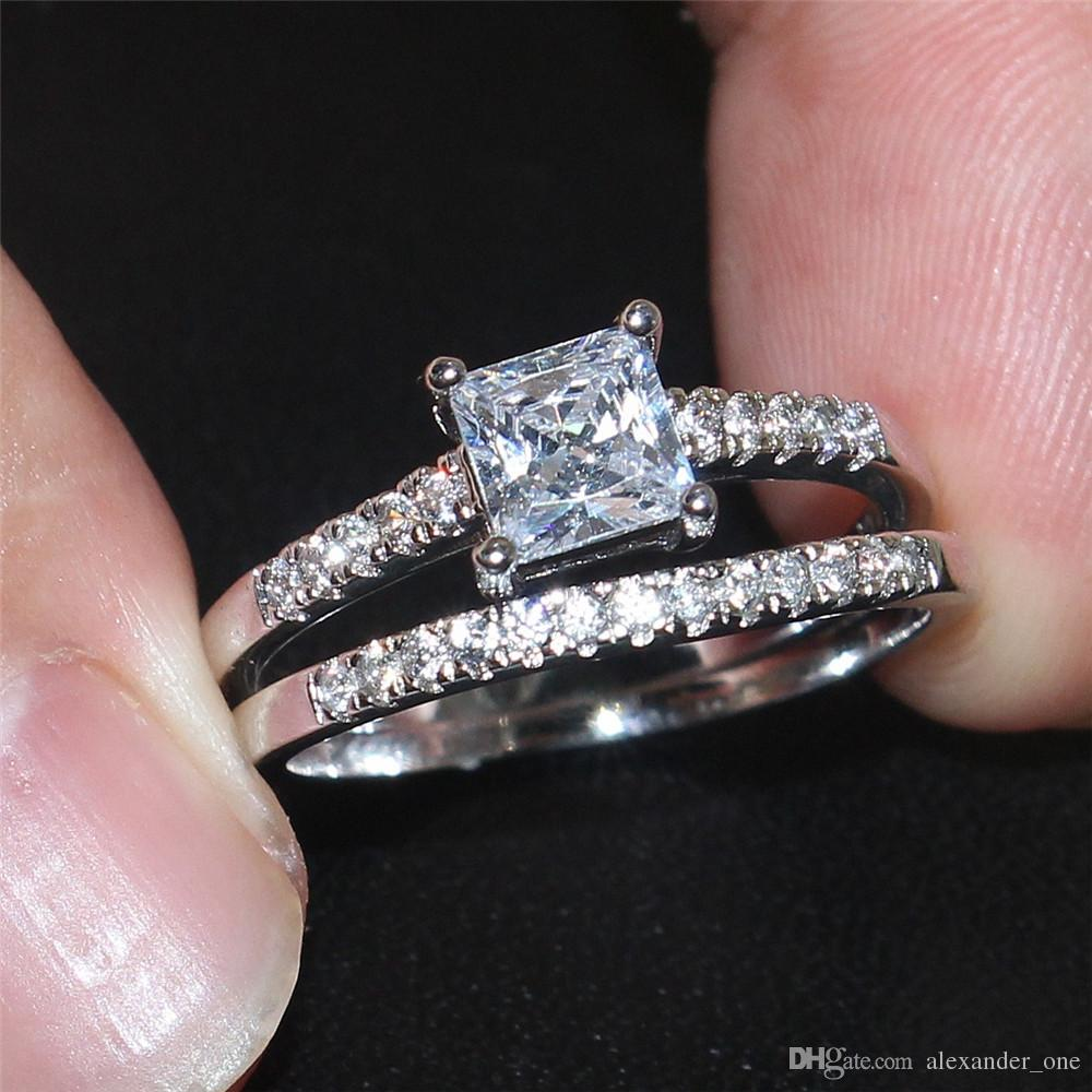 Mode 10KT Or Blanc Rempli Carré CZ Diamant Simulé Pierres Précieuses Anneaux Ensembles Mariage Mariée Bande Bijoux sert pour Femmes 2-en-1