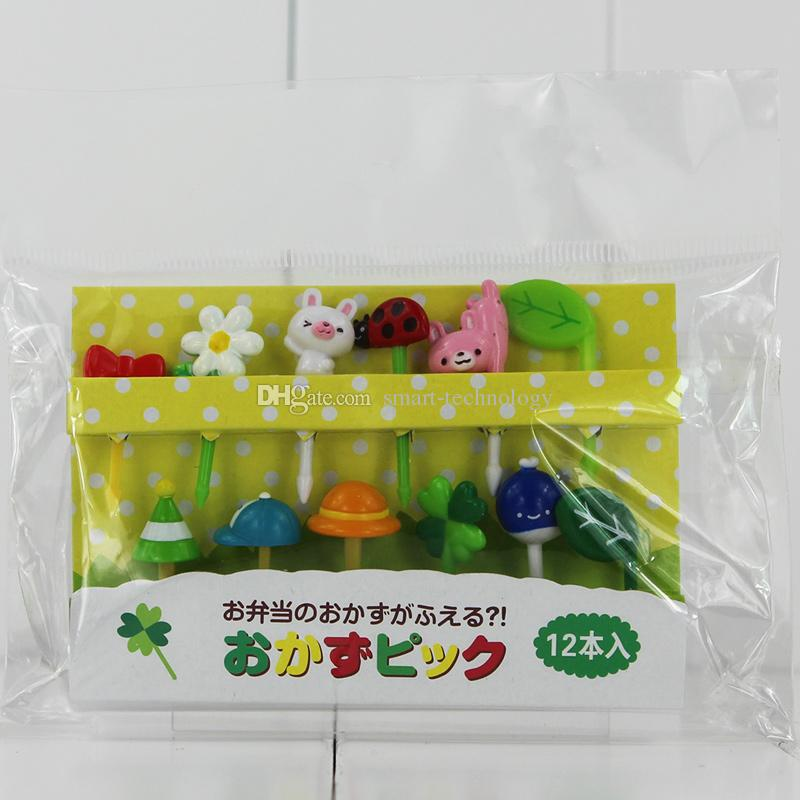 Flower Hat And Bear Plugins PVC Action Figures toys Gifts For Children Kids toys 3.5-5cm