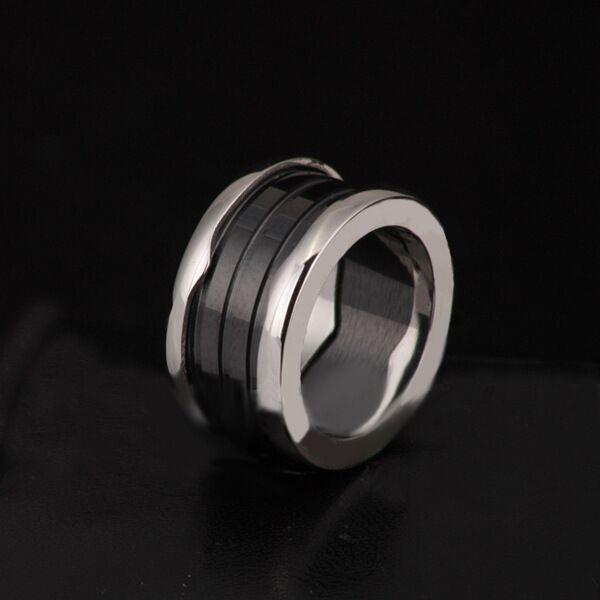 Heiße neue Ankunft Spezielle schwarz und weiß Farbe Braut Sets Klassische Ringe für Ringe Keramik Ring 18 Karat Roségold ring Titan / Breite Version
