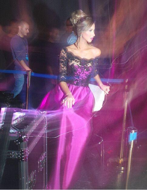 Elegante Fúcsia 3/4 Manga Longa Vestidos de Baile 2016 com Preto Sheer Lace Vestidos de Festa Uma Linha Formal Partido Vestidos de Celebridades