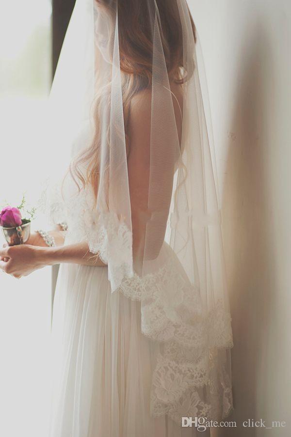2016 Yeni Ucuz Gelin Veils Bir Katmanlı Parmak Uzunluğu Düğün Veils ile Dantel Kenar Beyaz Fildişi Peçe Gelin Aksesuarları Ücretsiz Nakliye için