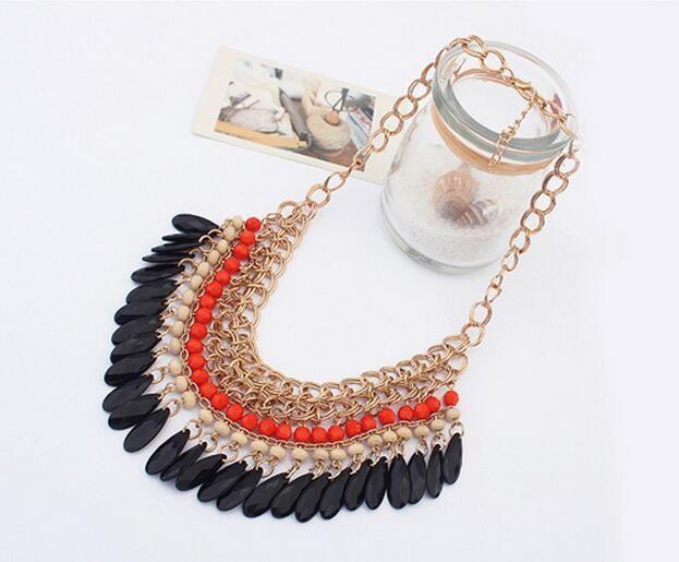 Mode Bohemian Acryl Wassertropfen Troddel Halskette Nationalen Stil Schlüsselbein Kurzen Kette Anhänger Halskette Für Hochzeit