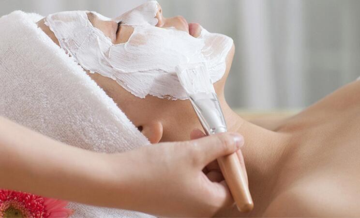 البلاستيك 2 في 1 ماكياج قناع الجمال السلطانيات 5 ألوان أدوات قناع الوجه السلطانية DIY لأقنعة الوجه