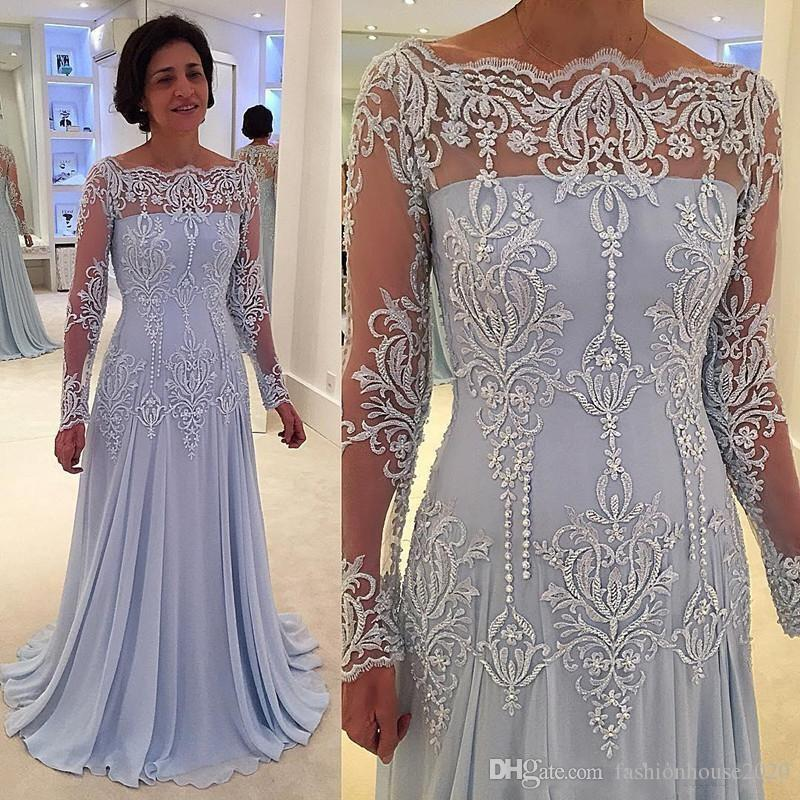 2018 Sexy Long Sleeves Sky Blue Mother of Bride Groom Dresses Mermaid Off Shoulders Lace Appliques Beaded Mother Dresses Wedding Guest Gowns