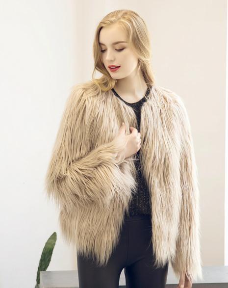 Cálido Fsahion Mujeres largas Chaleco de piel sintética Abrigo de piel sintética Chaleco de piel de zorro Colete Feminino Plus