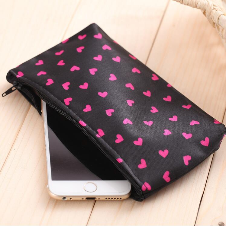 New Korean cosmetic bag little hearts makeup storage bag fashion cosmetic bag travel waterproof wash bags