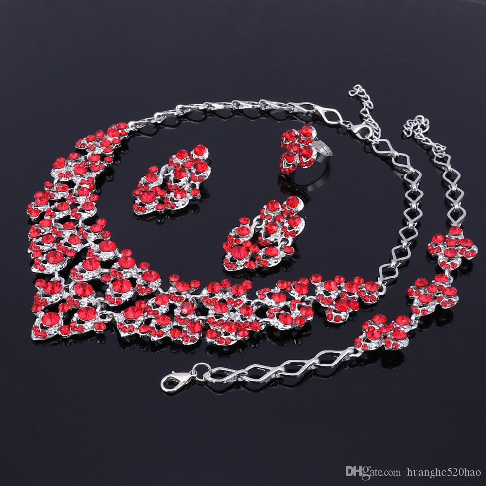 Top Exquisite Silberfarben Kristall Embedded Schal Muster Halskette Armband Ohrring Afrikanischen Perlen Schmuck-Set