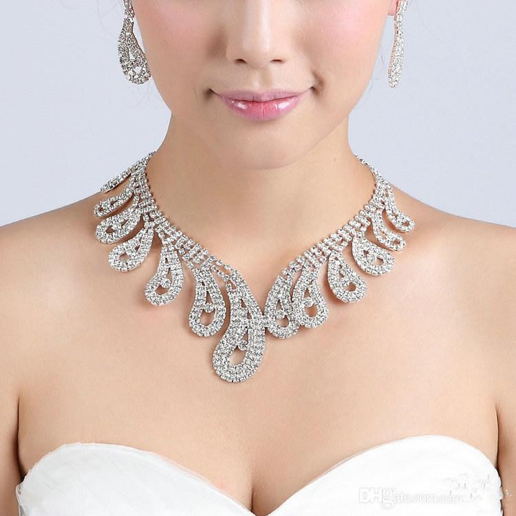 2016 Conjunto De Jóias De Cristal De Noiva banhado a prata colar de diamantes brincos Conjuntos de jóias de Casamento para a noiva Damas de Honra mulheres Acessórios Para Noivas