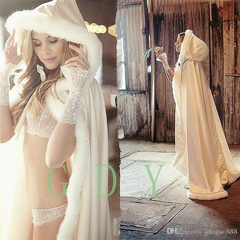 2017 Fall Winter Wedding Cloak Cape Hooded with Fur Trim Long Bridal Jacket 2017 Custom Bridal Accessories