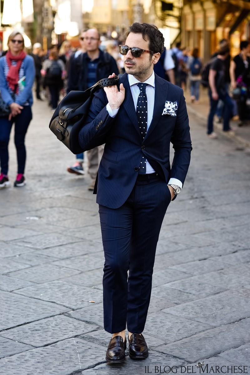 Dark Navy Wedding Mens Suits Slim Fit Bridegroom Tuxedos For Men Groomsmen Suit Two Pieces Pinstripe Formal Business Jackets With Tie