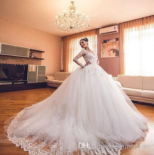 2018 Lace Ball Gown Wedding Dresses with long Sleeve 3D-Floral Appliques Vintage Lace Sheer Neck Puffy Bridal Dress 2017 Gowns for Bride