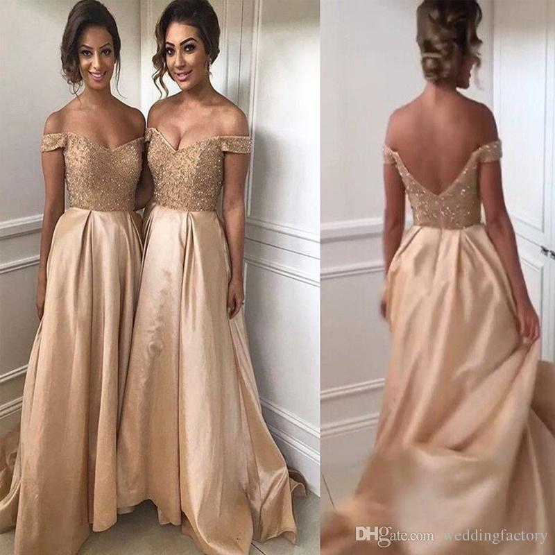 2017 Sexy Vestidos de Dama de honra Champagne Ouro Vestidos de Dama de  Honra Frisado Lace Top Fora do Ombro Sem Encosto Longo Vestidos de Festa de  Casamento 84db94c8639f