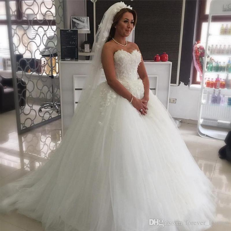 83d440591c2 Princess Plus Size Wedding Dresses 2017 Ball Gown Sweetheart Neckline  Strapless Puffy Bridal Gowns Lace Appliques Top Custom Corset Back Plus  Size Wedding ...