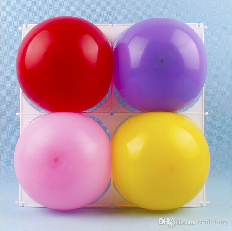 / accessori di modellazione palloncino in lattice di plastica 4 fori griglia del palloncino, griglie a palloncino le forniture di partito