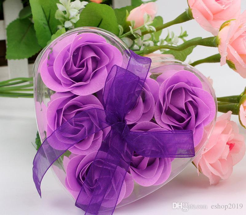 = una scatola Miscela di alta qualità Colori a forma di cuore di sapone di rosa il sapone da bagno romantico regalo di San Valentino