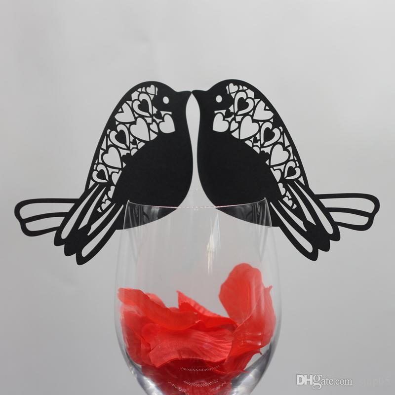 Zarif Hollow Out Kuş Masa Işareti Şarap Cam Kartları Kağıt Adı Yeri Düğün Masa Dekorasyon Kartı Tatil Şenlikli Parti Malzemeleri
