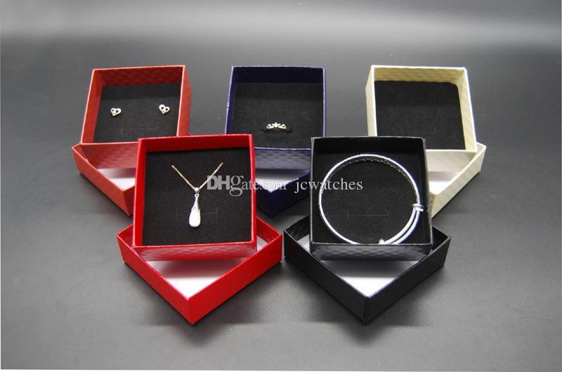Großhandelsschmucksache-Kasten-Anzeigen-Papphalsketten-Ohrring-Ring-Armband-Kasten-Sätze, die preiswerten Verkaufs-Geschenk-Kasten mit Schwamm-freiem Verschiffen verpacken