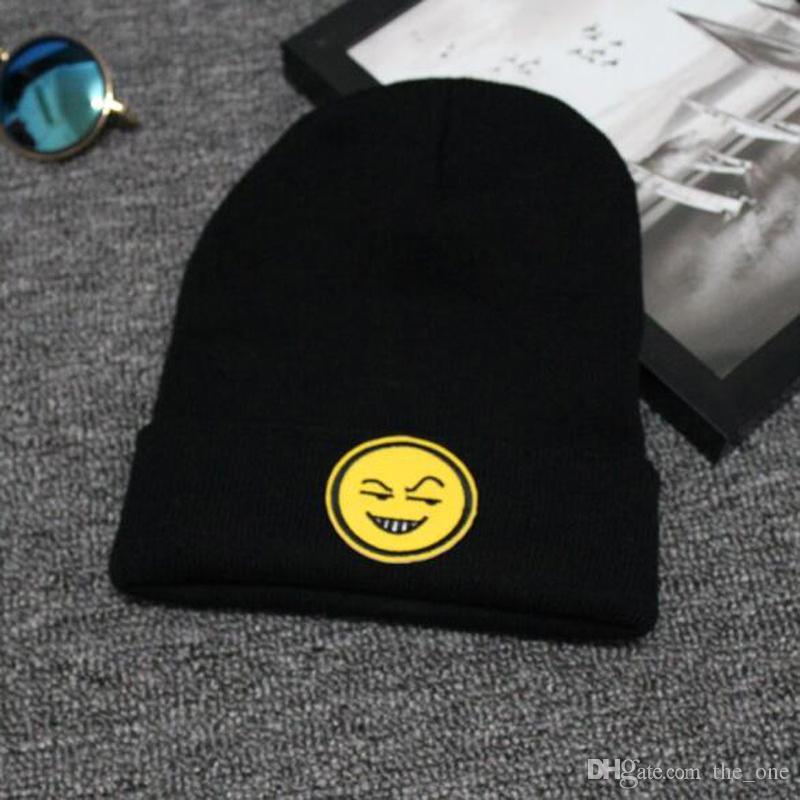 2016 moda QQ espressione faccia cappelli bambini berretti kintted bambino cappelli emoji inverno e in autunno
