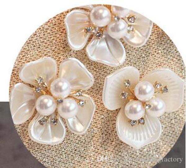 2016 Nyaste mode kvällsäckar Bedövning Populär Rose Gold Handväska med Utsökt 3D Blommor Pärlor och Pärlor Axelväskor Koppling