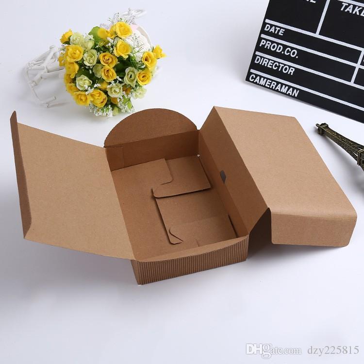 gewelltes Kraftpapier-Kasten-Juwel-Geschenk-Seifen-Kasten-Papierverpackungs-Geschenk-Kasten, handgemachtes Lebensmittelpaket der Hochzeit
