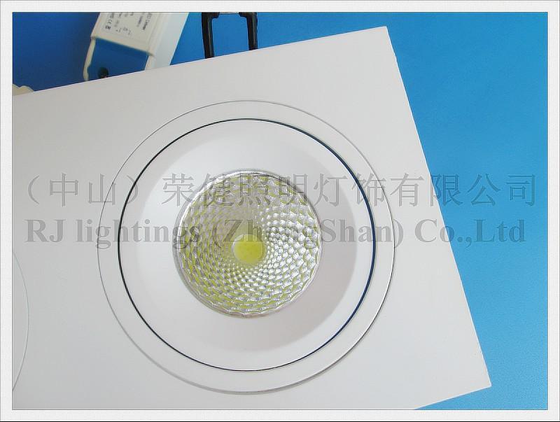 Решетка Светодиодный светильник вниз свет потолочный светильник свет в помещении Embeded установить 27W 3 * 9W COB AC85-265V алюминий CE