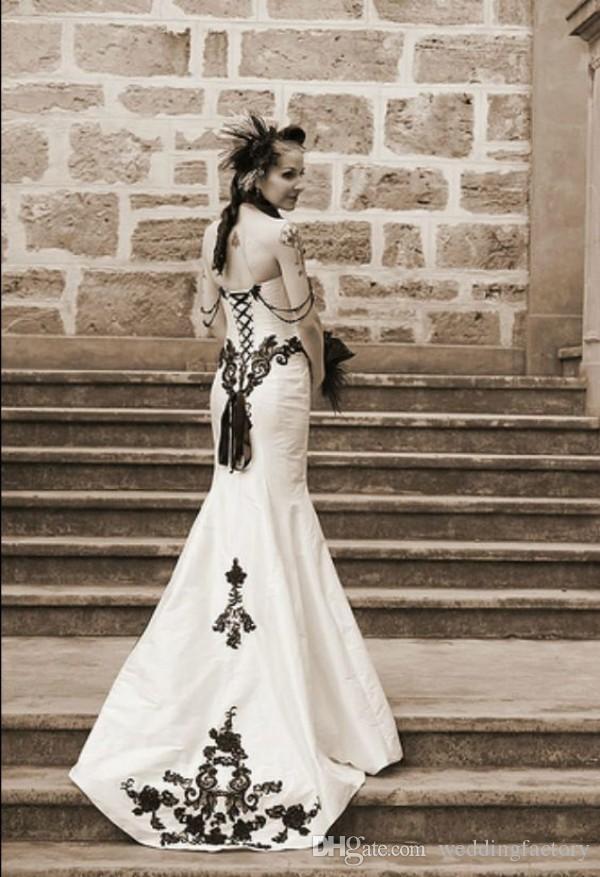 빈티지 클래식 고딕 웨딩 드레스 흑백 웨딩 드레스 Sweetheart 민소매 레이스 Appiques 코 튼 신부 가운 구슬 장식