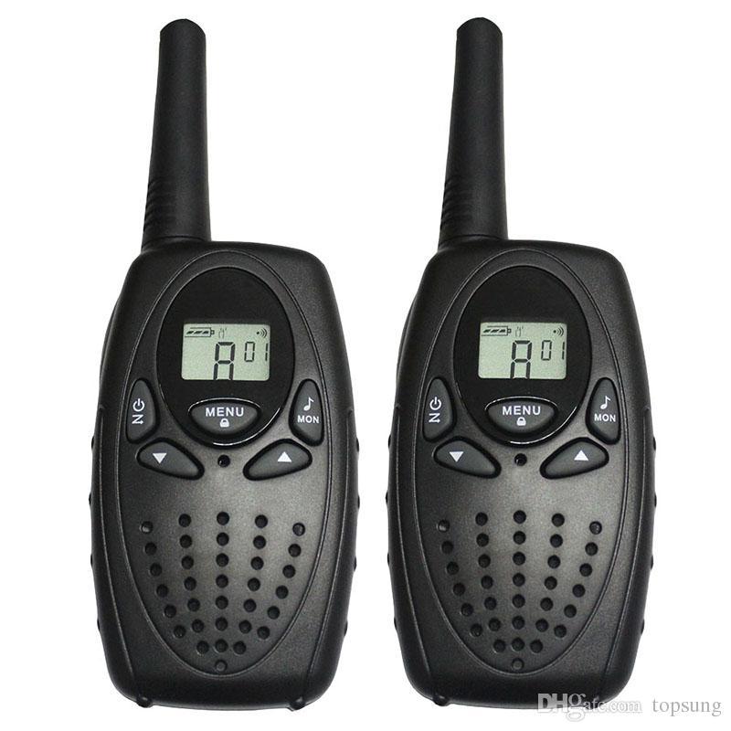 T628 Black Walkie Talkie PMR446 8 canales para Euro 2 vías de radio FRS / GMRS 22 canales para América PTT Portátil de intercom auriculares