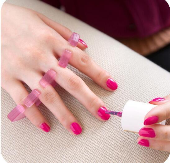 New Silicone Nail Toe Separators Reusable Separator for UV Gel Acrylic Nail Tool Random Color