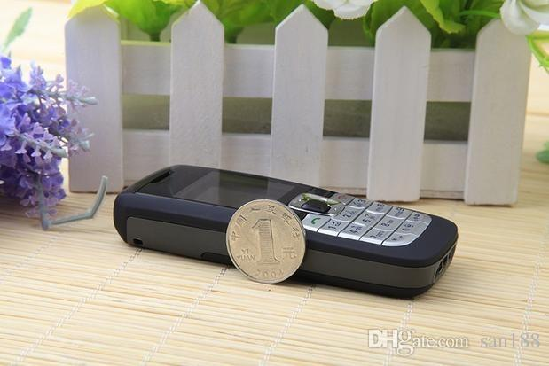 Barra sbloccata telefoni SIM sim card stand da 1.36 pollici 2610 cellulare con 2G radio di rete FM chiamata con scatola
