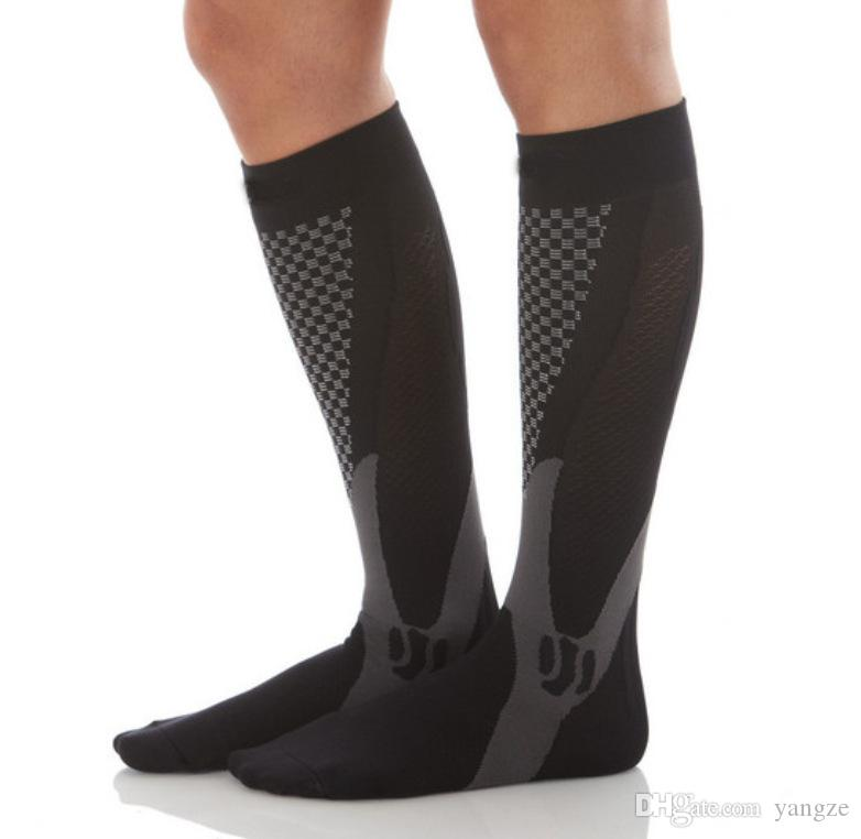 للجنسين الرجال النساء حماية القدمين تنفس فتل ضغط الجوارب الجري كرة السلة الرياضة جورب 4 ألوان HW718