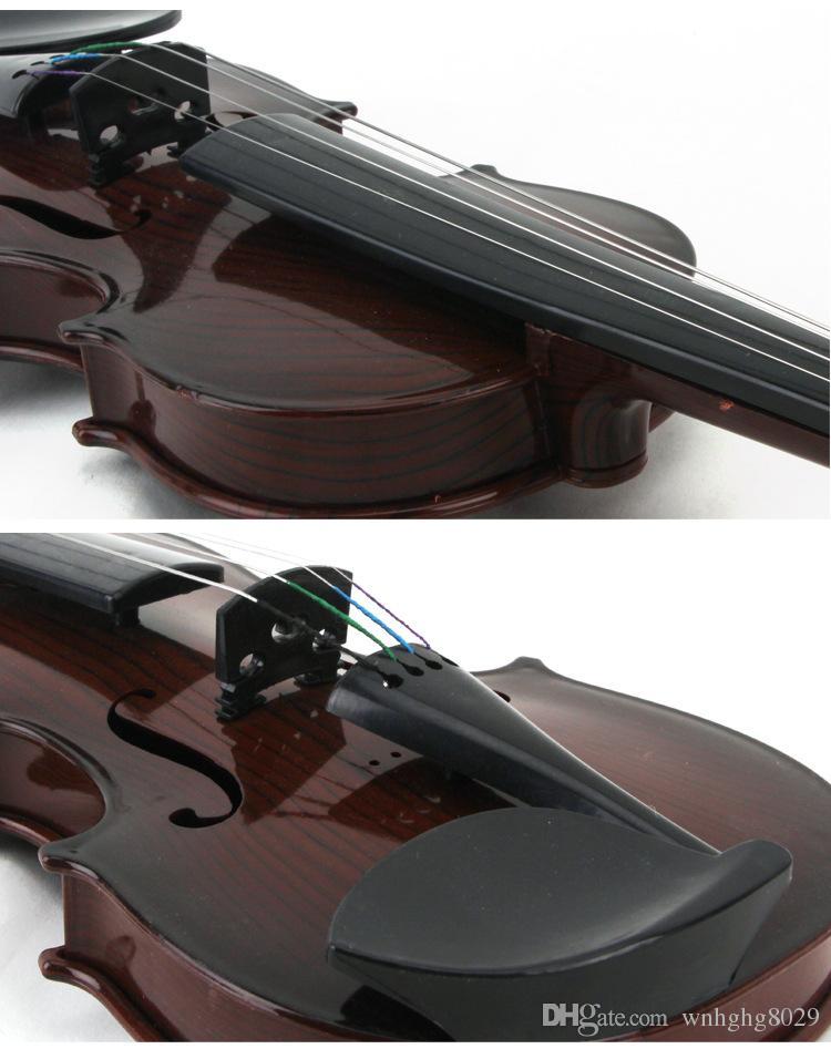 brinquedo das crianças brinquedo bonito da música instrumentos musicais Criança que joga o violino