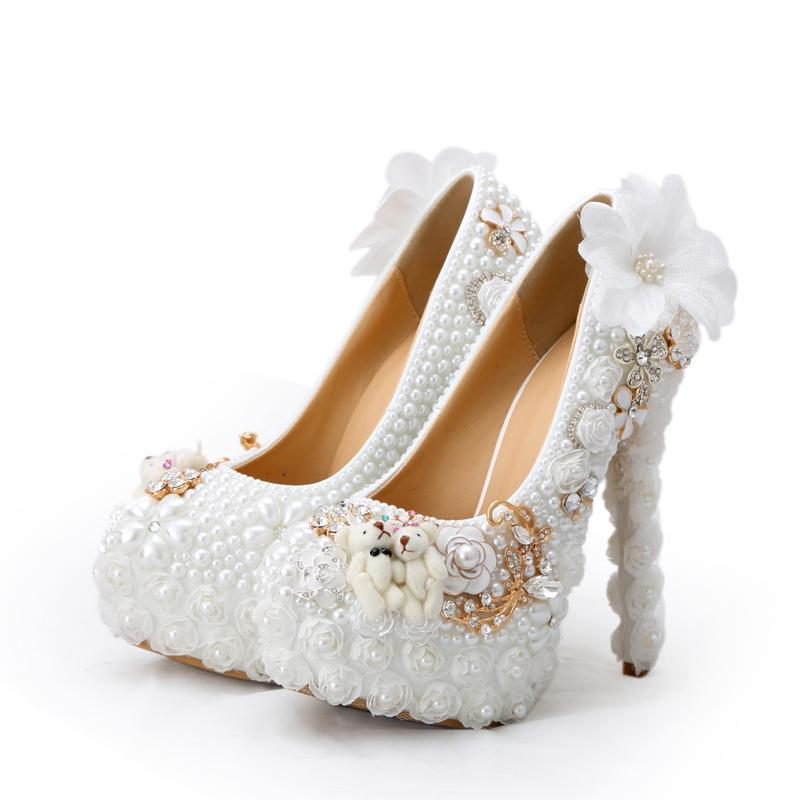 2019 Special Design Wedding Shoes White Pearl High Heel Bride Dress Shoes Lace Flower and Lovely Bear Platform Prom Party Pumps