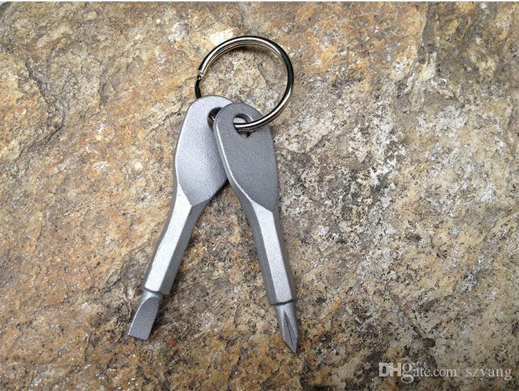 Multifunktionales Taschen-Werkzeug-Keychain im Freien EDC-Gang-Schlüsselketten mit gekerbtem Phillips-Kopf-Minischraubendreher-Satz-Schlüsselring topcnmall # 023