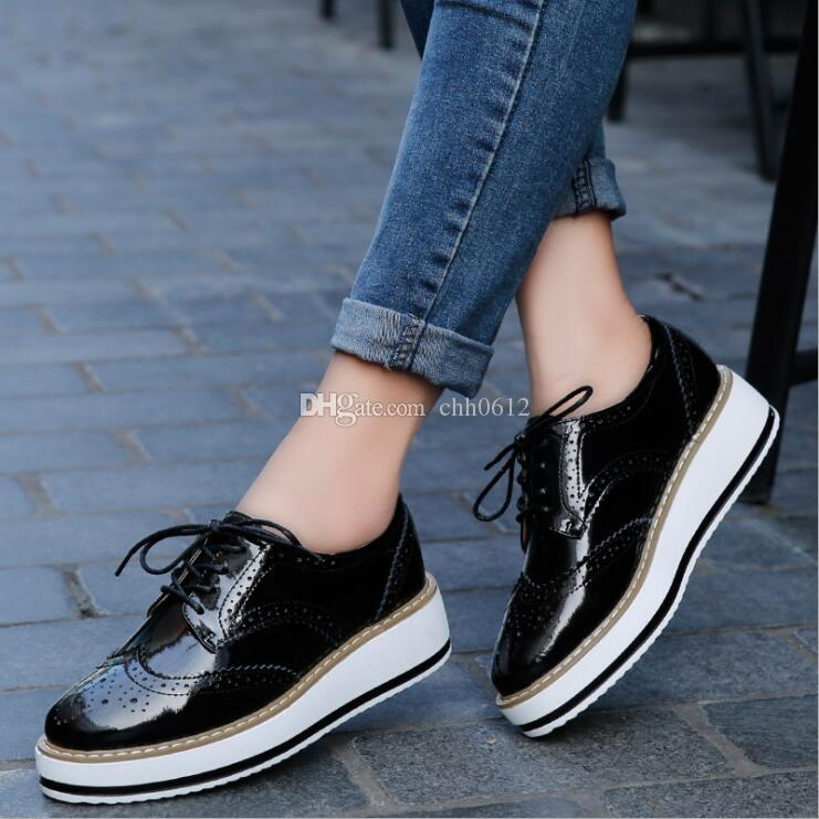 993a9fbbcd9d Women Platform Oxfords Brogue Flats Shoes Patent Leather Lace Up Pointed  Toe Female Footwear Shoes For Women Creepers Gold Shoes Mens Casual Shoes  From ...