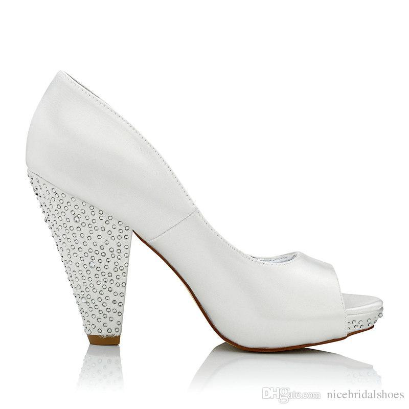 Rhinestone Yüksek Topuk Boyanabilir Saten Gelinlik ayakkabı Platformu Beyaz Renk Toptan Kadınlar Gelin Düğün Ayakkabı çin'de Yapılan