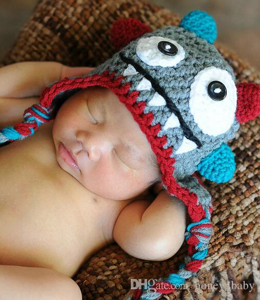 a03e89519e674 Compre Monster Crochet Pattern Hat Baby Boys Girls Invierno Navidad Gorra  Recién Nacido Infant Toddler Kids Niños Animal Beanie 100% Algodón Apoyos  De La ...