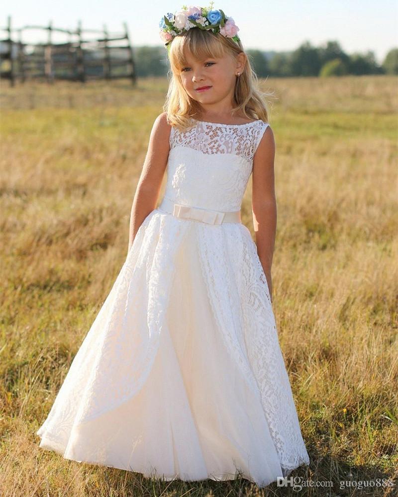 Boho Blumenmädchenkleider für Hochzeit mit gekreuzten Rücken Tee Länge Festzug Kleid Prinzessin Kleider