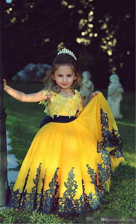 Linda princesa amarela vestidos de baile vestido de meninas de flor com mangas curtas tripulação pescoço saia puffy lace apliques little kids pageant