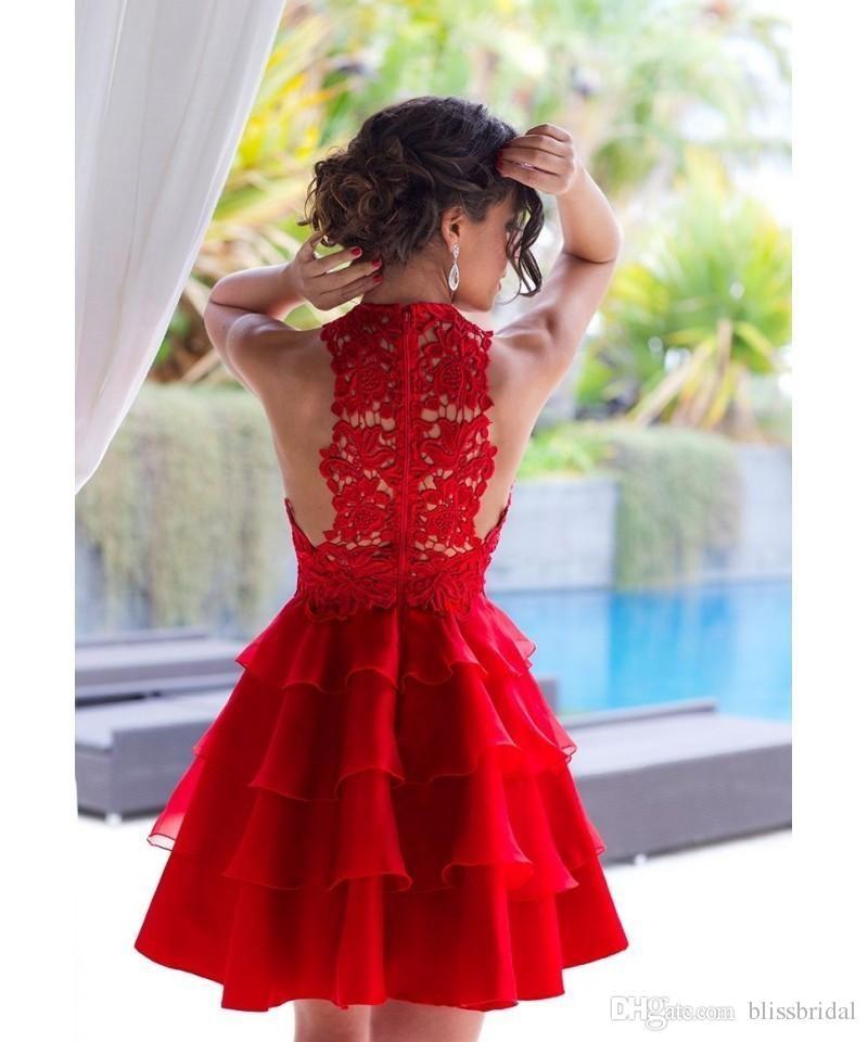 Robes de bal d'été rouge court mini-robes de soirée en dentelle creuse superposées superposées