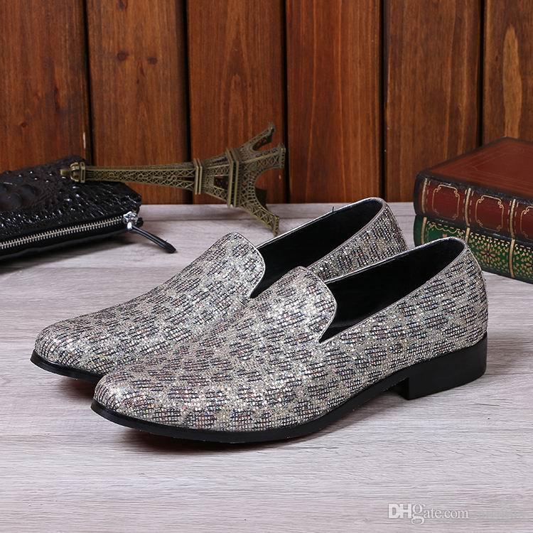 Lusso Uomo Oro Scarpe in pelle il tempo libero Stilista Punta rotonda Modello leopardo Slip On Scarpe da barca Uomo Casual Foot Wear Glitter