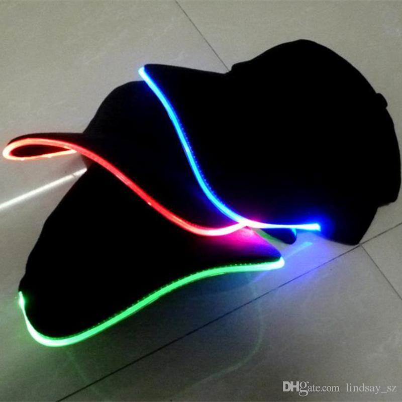 LED-Licht-Hut-Glühen-Hut-Schwarz-Gewebe für die erwachsenen leuchtenden Baseballmützen 7 Farben für Vorwahleinstellungs-Größen-WeihnachtsPartei