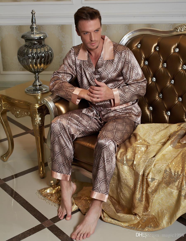ac9f576665d8be Männliche Nachtwäsche Real Pyjama 2019 Neue Männer Pyjama Sets Pyjamas  Umlegekragen Nachahmung Seide Nachtwäsche Volle Hülse Nighty 20506