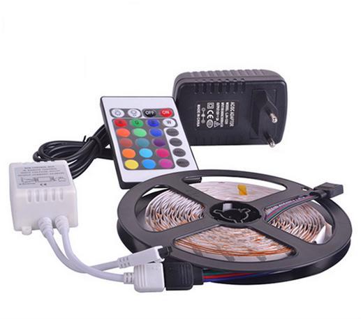 DHL Бесплатная доставка Светодиодные ленты 5M Set 3528SMD 60led светодиодные полосы света водонепроницаемый 24Keys ИК пульт дистанционного Адаптер питания контроллера питания белый / красный / RGB