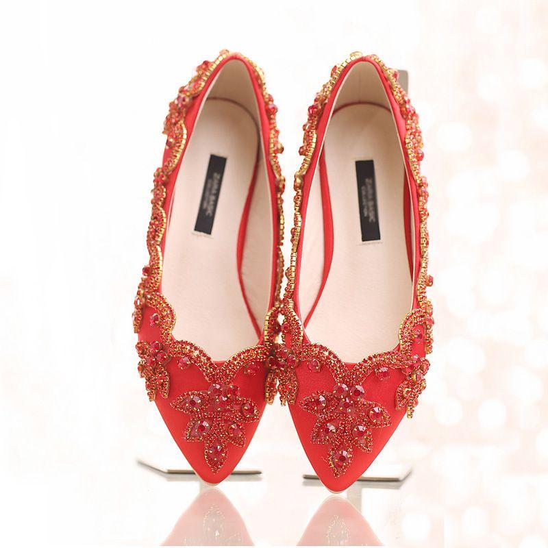 Champagne Satin Bridal De Mariage Robe De Mariée Chaussures Plat Heel pointu Toe Toe Toe Chaussures Lady Party Pal Danse Chaussures Strass