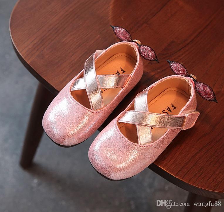 Crianças meninas vestido sapatos meninas princesa sapatos brilhantes pétalas de sapatos macio e confortável para as crianças meninas