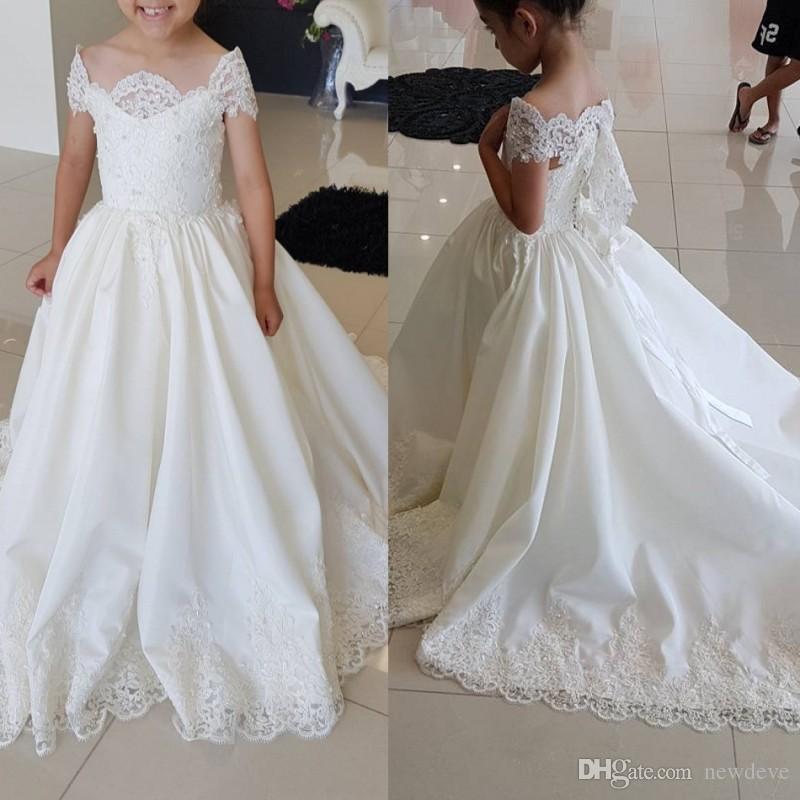compre 2018 vestidos de desfile de las niñas de encaje del hombro