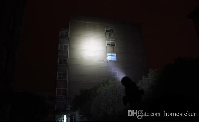 UltraFire C8 T6 1300Lm CREE XM-L LED Lampe de Poche lampe ampoule projecteur C8T6 + 2x18650 batterie et chargeur